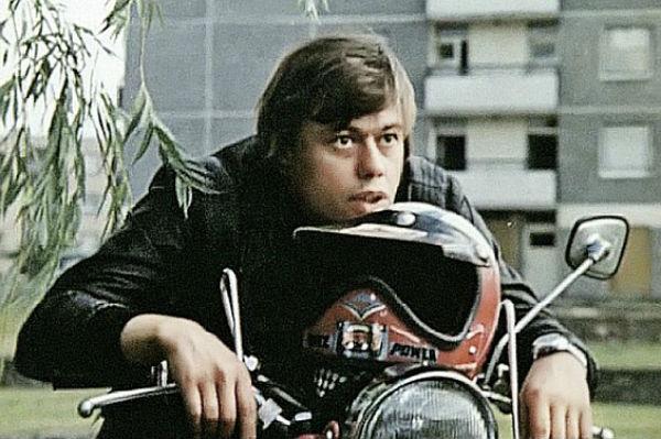 Николай Караченцов попал в аварию