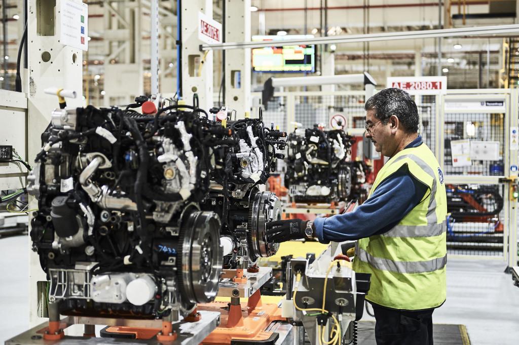 В мире моторов: экологичные и бронебойные